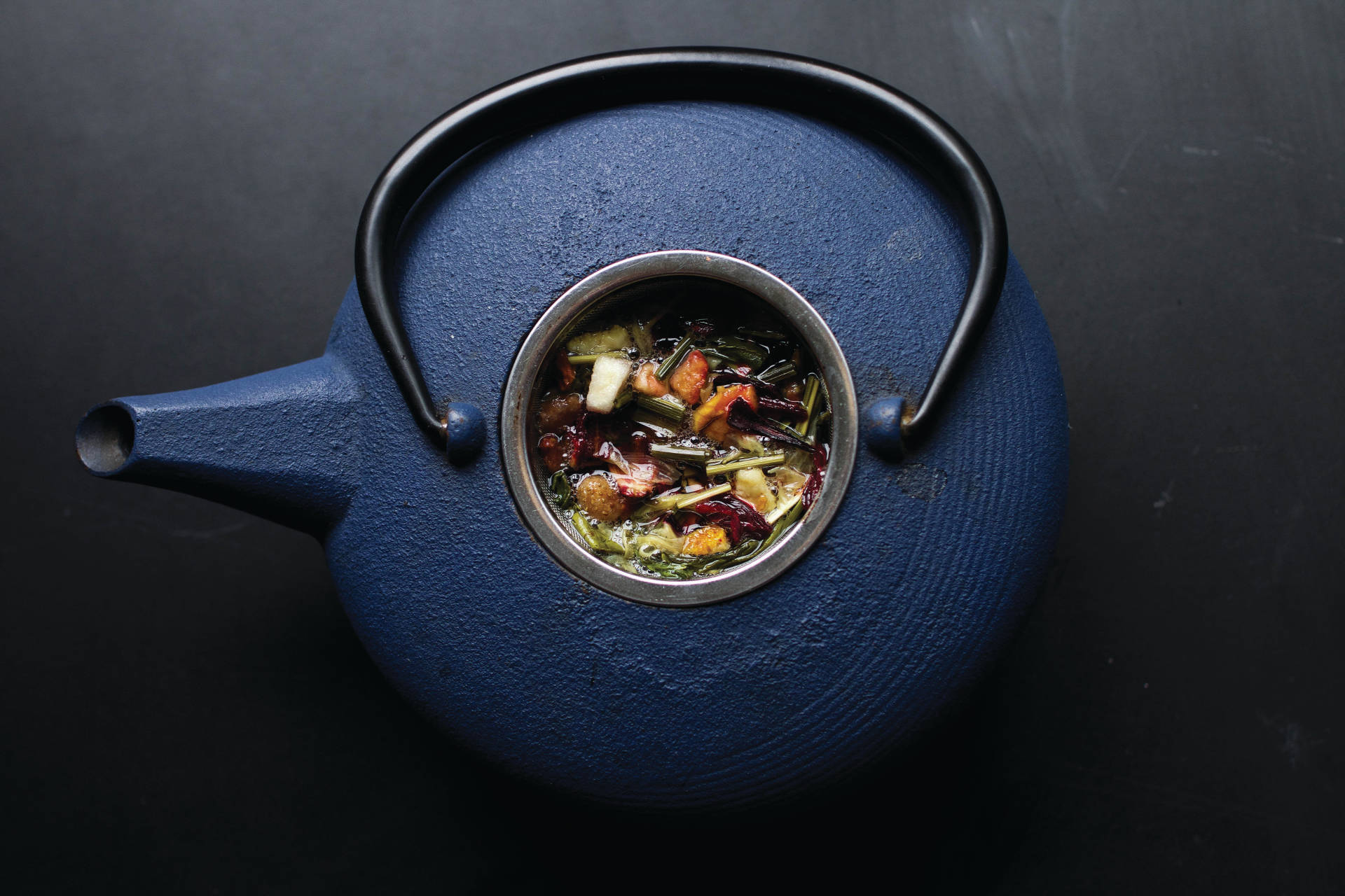 Jilly's Fine Leaf Tea is showcased in a gorgeous ceramic teapot