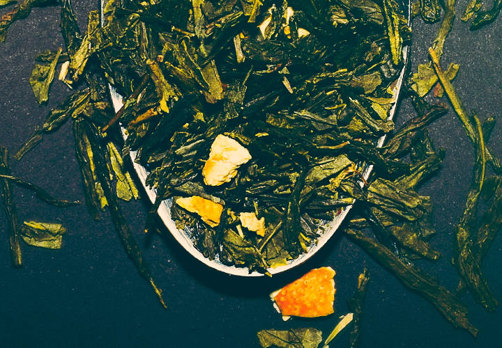 Jilly's Fine Leaf Tea dried leaves