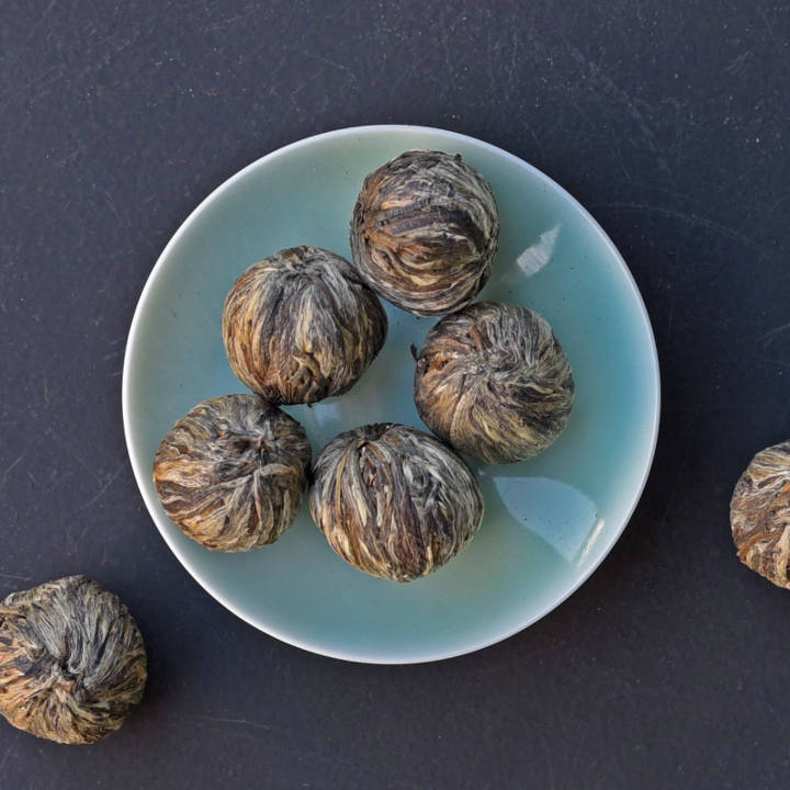 Flowerballs in the Jilly's Fine Leaf Teas range