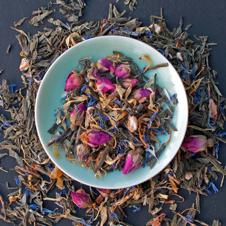 The Jilly's Fine Leaf Tea Range includes Sencha Bloom
